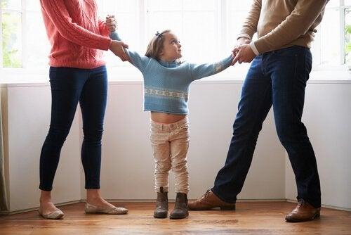 Kararsız anne baba