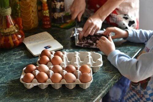 Kek tarifi ve yumurtalar
