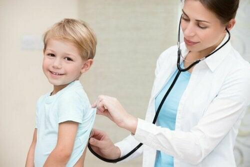 Çocuk Doktoru İle Yıllık Kontrollerin Önemi