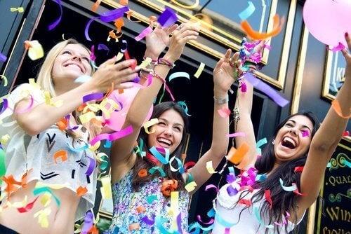 Gençler İçin 6 Harika Doğum Günü Partisi