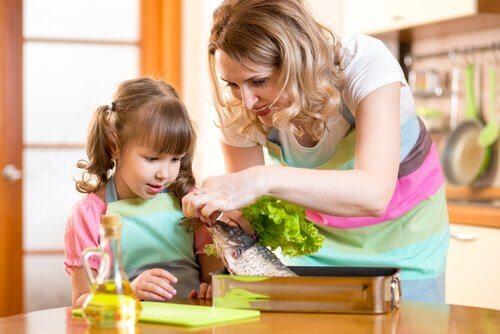 Çocuklarınızın Balık Yemesini Sağlamak için 6 Fikir