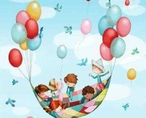 Balonlar ve çocuklar