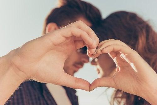 Erken Yaşta Evlenmenin 7 Faydası