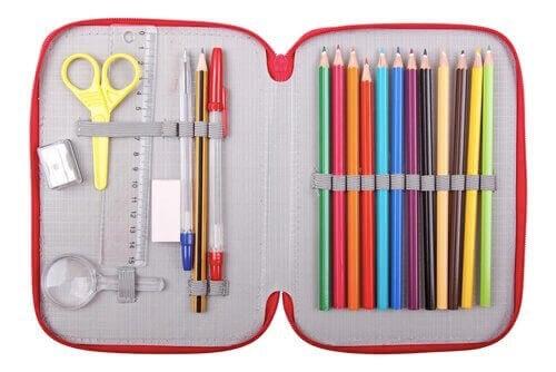 Kalem Kutusu: Çocuğunuz Okulda Nelere İhtiyaç Duyar?