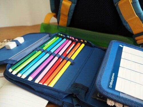 çocuğunuzun okul çantasını hazırlamak