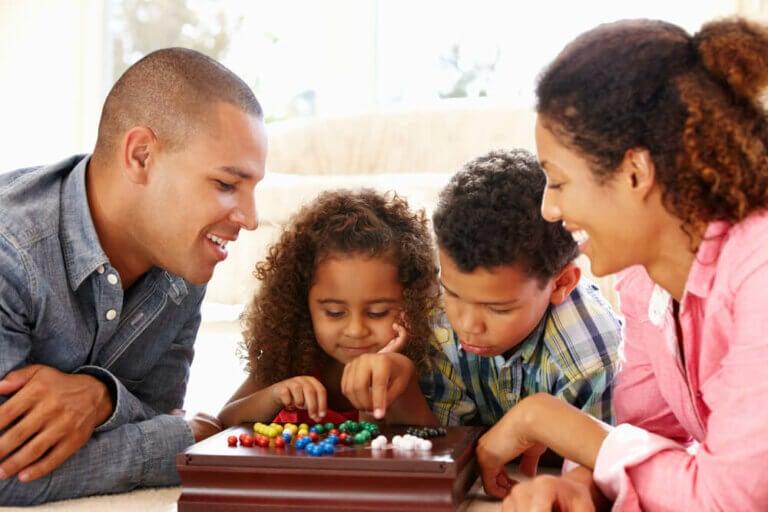Koronavirüs Günlerinde Çocuklarla Evde Neler Yapabilirsiniz?