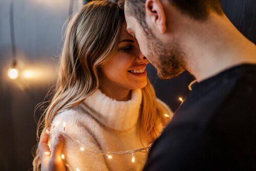 romantik an çift ışık