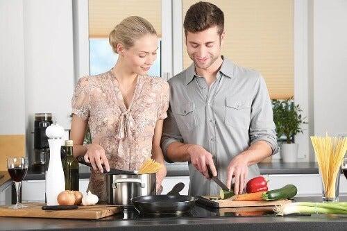 Tuz Kullanmadan Yemek Yapmak: Beş Harika Alternatif