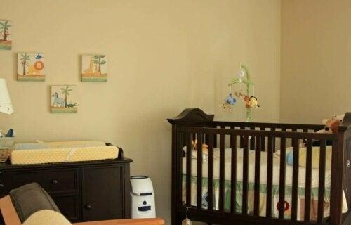 6 Farklı Bebek Alt Değiştirme Masası