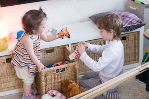oyuncakları toplamak