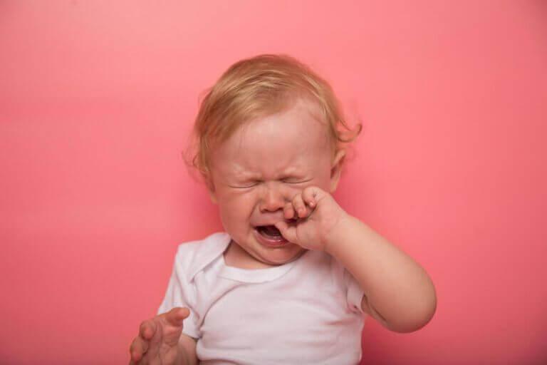 Bebeklerde Diş Çıkarma Belirtileri Nelerdir?