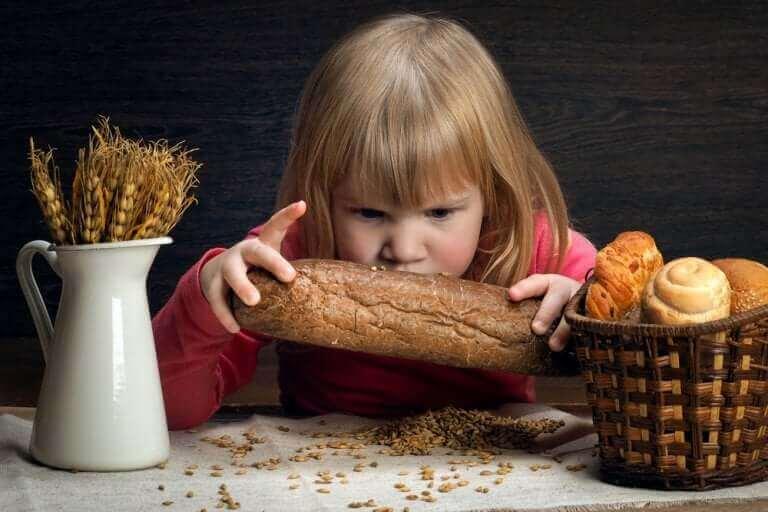 çölyak hastası kız ve ekmekler