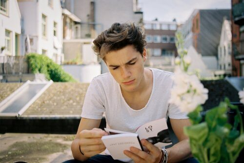 Gençleri kitap okumaya teşvik etmek