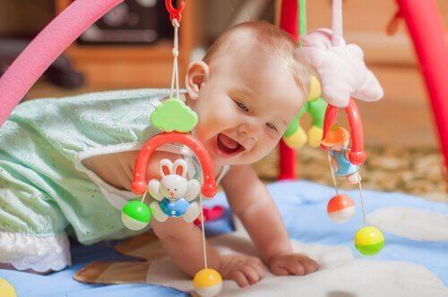 Çocuklar için güvenli oyuncaklar