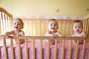 Beşikteki bebekler