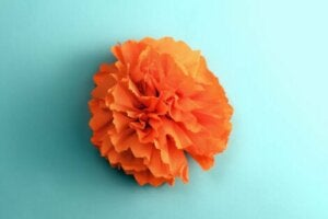 El işi bir çiçek