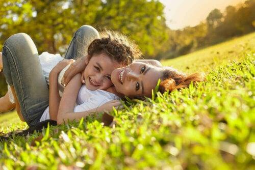 Anne Olmanın Güzelliğine Dair 15 Alıntı