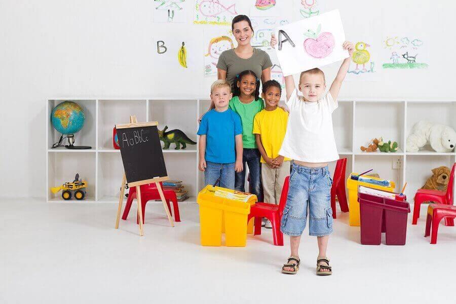 Anaokuluna Başlamak: Çocuklarınızı Hazırlamak İçin İpuçları
