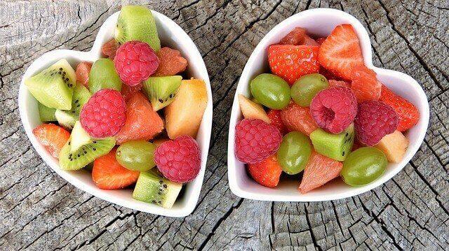 Hamileliğin son üç ayı için meyve salatası