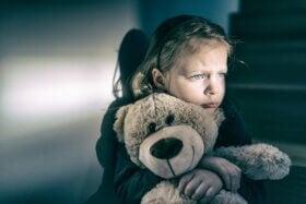 Çocuklarda Sevgi Eksikliği ve 5 İşareti