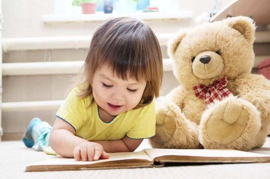 Ayılar Hakkında Çocuk Öyküleri Okumak