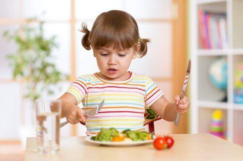 sebze çatal bıçak çocuk