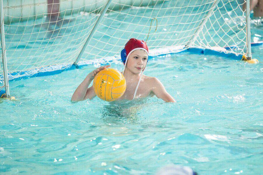 Çocuklar için Su Topu: Yararları Nelerdir?