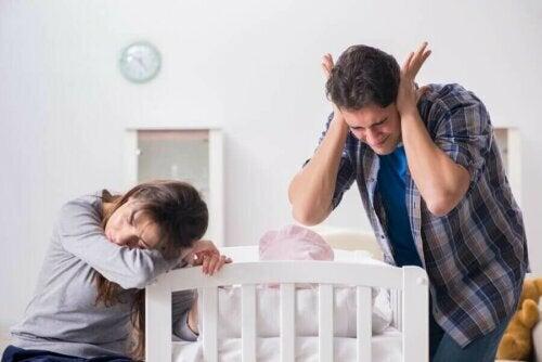Bebeğiniz Ağlamaktan Vazgeçmiyorsa Ne Yapmalısınız?