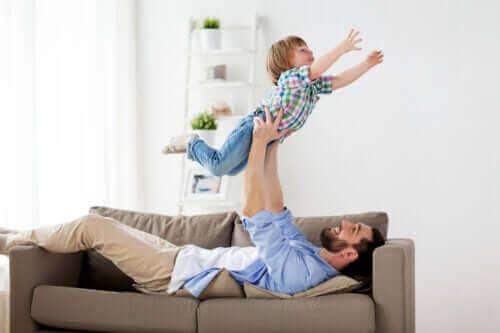 Babalarına Sataşmak Çocuklar İçin İyidir