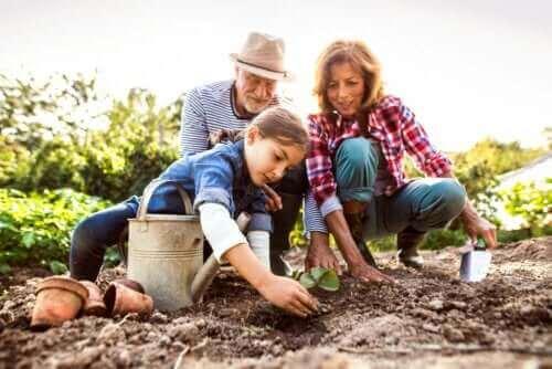 Çocukların Büyükanne ve Büyükbabalarını Hatırlamasına Yardımcı 4 Yönem