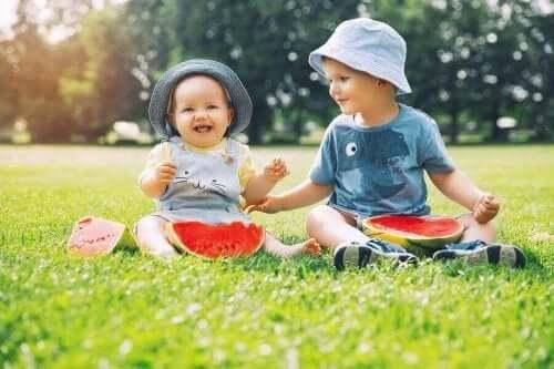 İlk Çocuğunuzun Kıyafetlerini ve Eşyalarını Yeniden Kullanmak