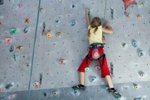 Çocuklar İçin Tırmanma Duvarı: Ebeveyn Kılavuzu