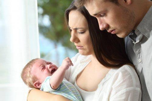 bebeklerin ağlama sebepleri