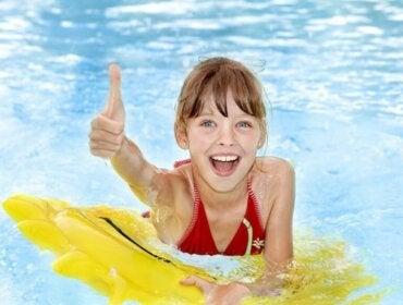 Çocukları Havuza Götürmek: Gerekli Önlemler
