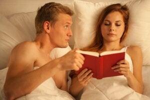 kitap çift yatak