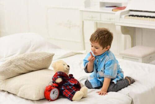 Çocukların Oynarken Kendi Kendilerine Konuşmalarının Faydaları