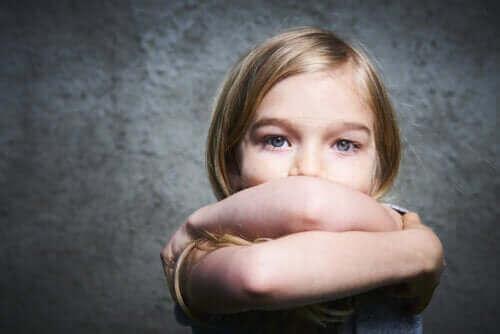 çocuklarda yanlış davranışlar