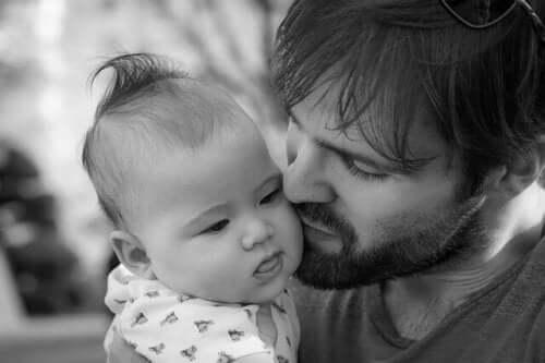 Baba çocuk bakımı açısından neden, nasıl sorumludur?