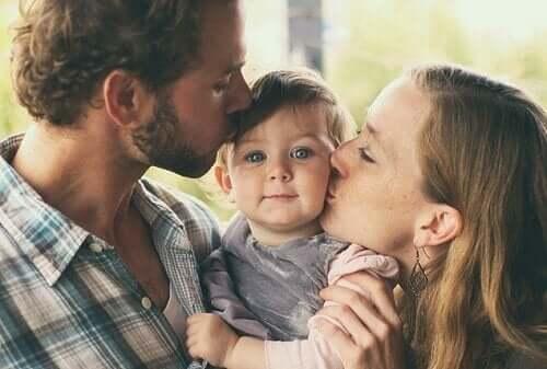 doğumdan sonra anne ve baba