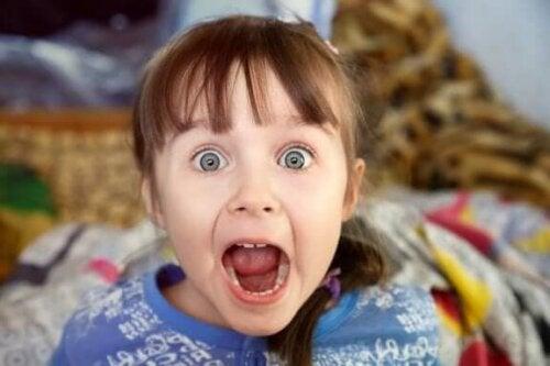Çocukluk Döneminde Yersiz Korkular: Bilmeniz Gerekenler