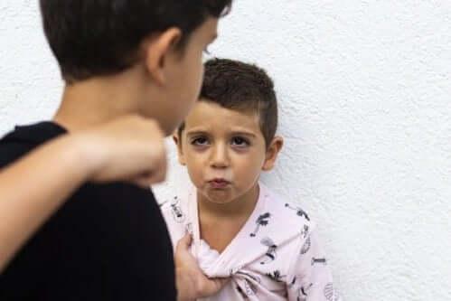 Çocukluk Çağı Saldırganlığı: Nasıl Başa Çıkılır?