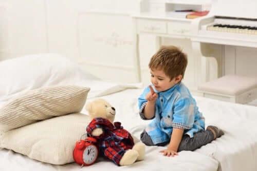 Peluş Oyuncaklar: Bebekler Çok Bağlı Olduğunda