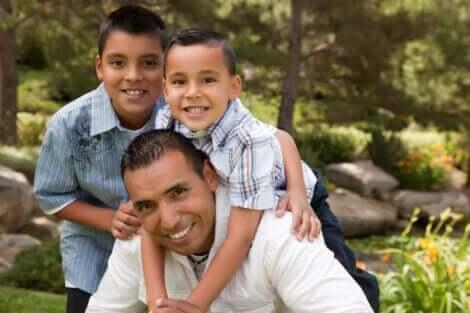 çocuk yetiştirmede fiziksel temasın önemi