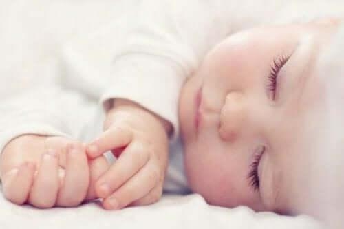 İyi bir uyku, sağlıklı bir bebek demektir
