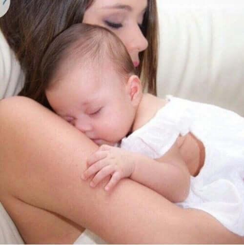 Yeni anne olanlara hediye fikirleri