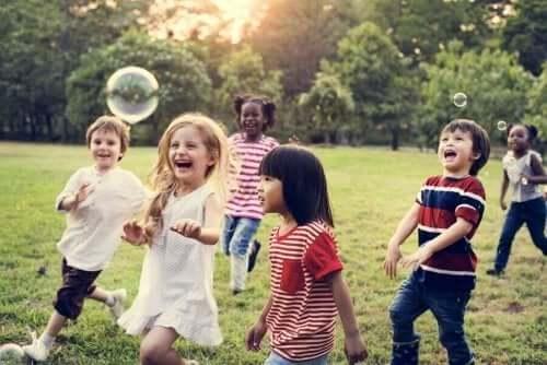 Çocuklukta Kurulan Arkadaşlıkların Uzun Vadede Faydaları