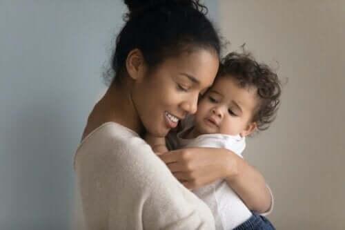 Bebeklerin İlk Sözcükleri Nelerdir?