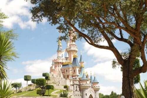 Disneyland Paris, Ailecek Tadını Çıkaracağınız Unutulmaz Bir Gezi