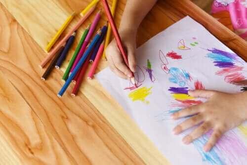 Bir Çocuğun İlk Yazı Biçimi Olarak Çizim