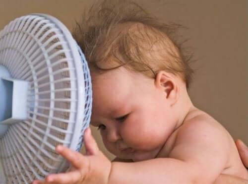 Çocuğunuzun sıcaklardan daha az etkilenmesi için taktikler